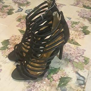 Sexy pair of Lilliana heels